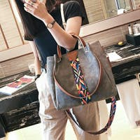 Millennial Generation(ミレニアル ジェネレーション)のバッグ・鞄/ショルダーバッグ