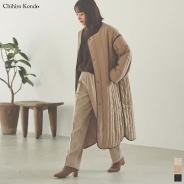 軽量で暖かくさらっと羽織れるノーカラーキルティングコート