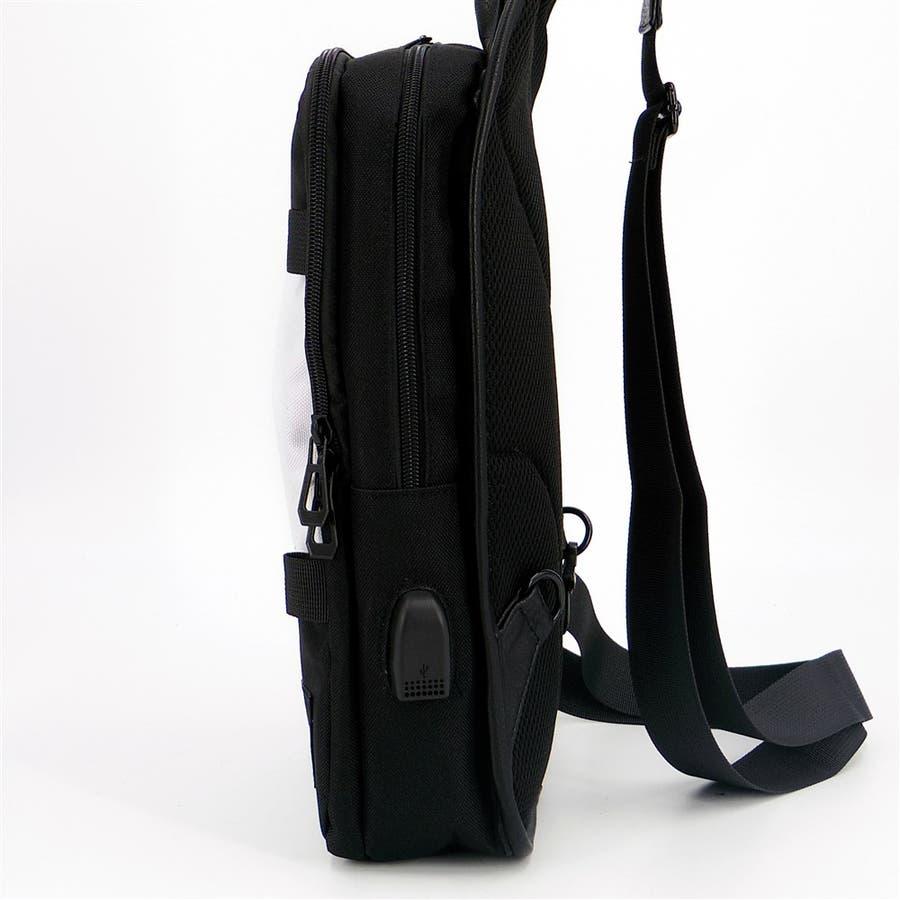 ショルダーバッグ メンズ 斜めかけ USBポート付き ボディーバッグ 肩掛け 大容量 無地 シンプル かっこいい アウトドア収納お出かけ 3