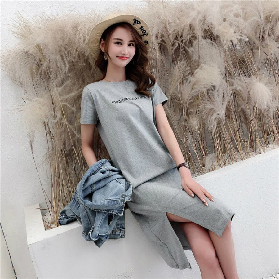 レディースファッション通販とろみ素材サイドスリットロングTシャツゆったり英字プリントTシャツ 23