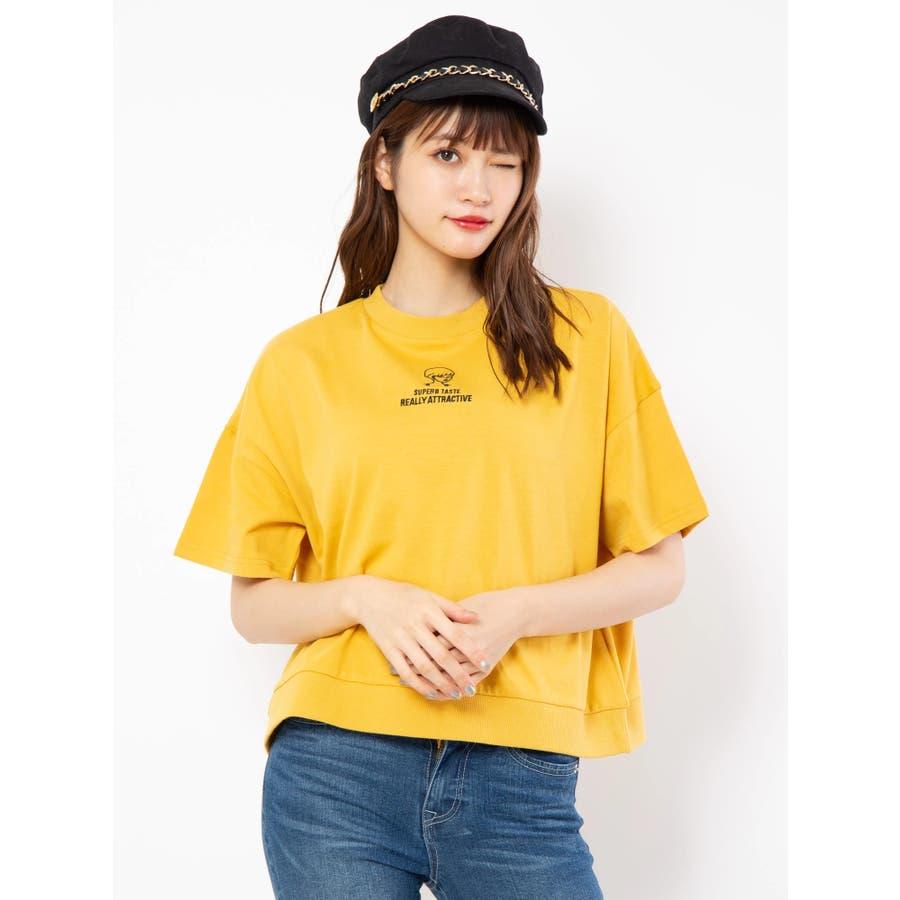 ハイネック刺繍Tシャツ 1