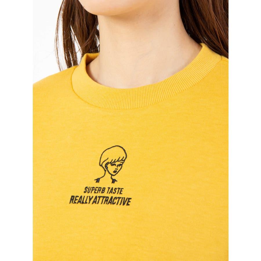 ハイネック刺繍Tシャツ 5