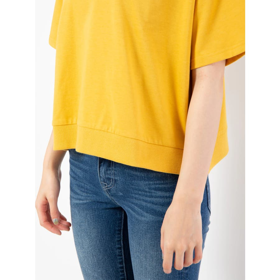 ハイネック刺繍Tシャツ 7