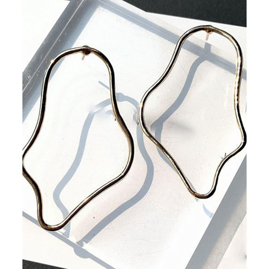 ベンドフープピアス ベンドドロップ ドロップフープ メタル スタッドピアス 縦長 サークル 変形 大ぶり ピアスイヤリングドロップフープ 上品 フープ フックピアス リング シンプル シルバー ゴールド 銀 金 地金 トレンド カジュアルselectcha95 103