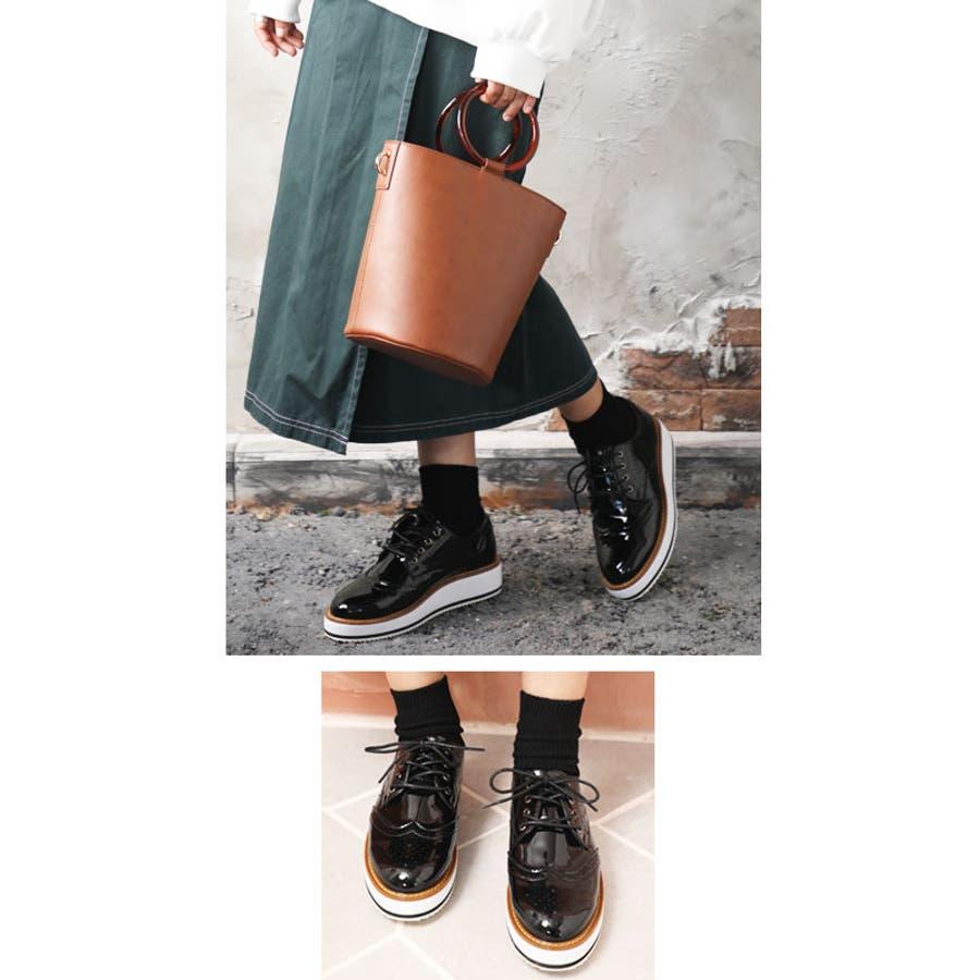 【23cm−26cm 小さい/大きいサイズ対応】きちんと、かわいい。 エナメル調オックスフォードシューズ ウィングチップマニッシュシューズ コンフォートシューズおじ靴レースアップ厚底 エナメル シューズ スニーカー ローファー 靴 ブラック ホワイト 通勤 通学 elfs003 韓国 7