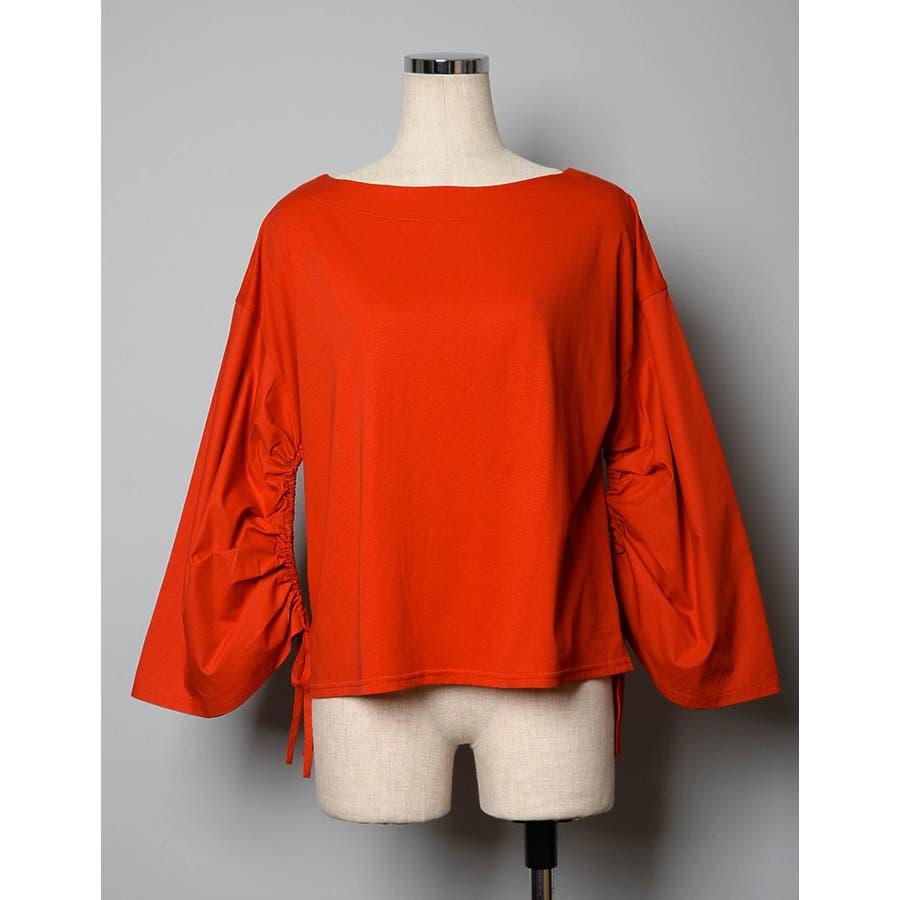 袖シャーリングが見せる、大人の女性らしさ 異素材切り替えワイドスリーブトップス 10