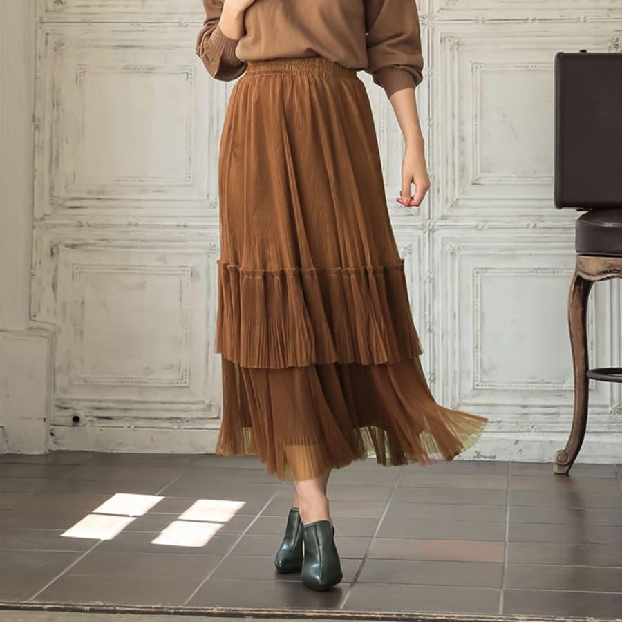 立体的なプリーツが目を惹くエレガントなプリーツスカート 8