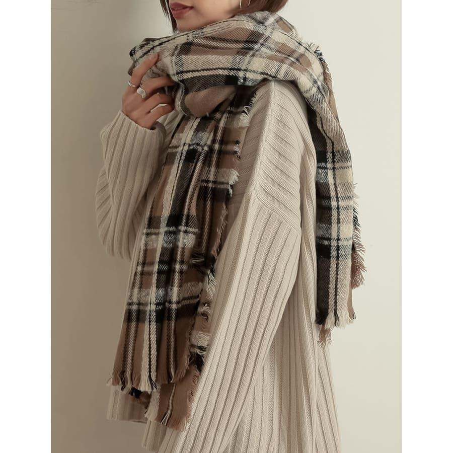 巻いて良し、羽織って良しのマルチなアイテム チェック柄フリンジビッグマフラー ファッション雑貨/マフラー/ショール 41