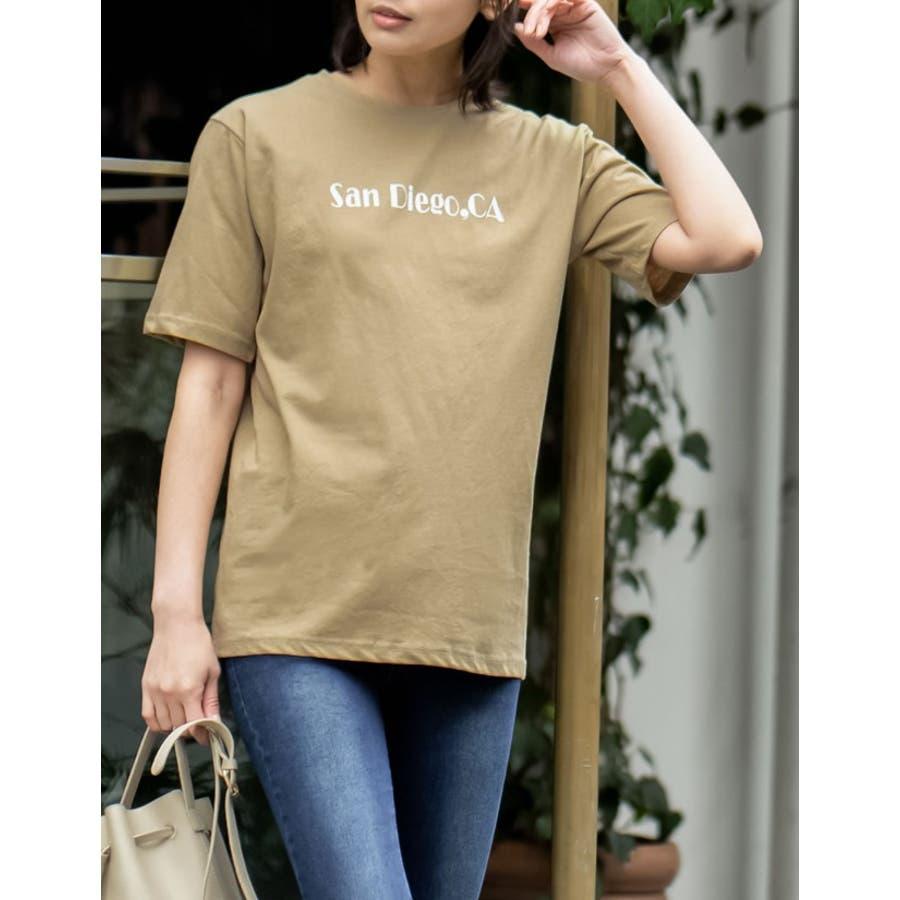 上品なロゴデザインでワンランク上のTシャツスタイルに 6