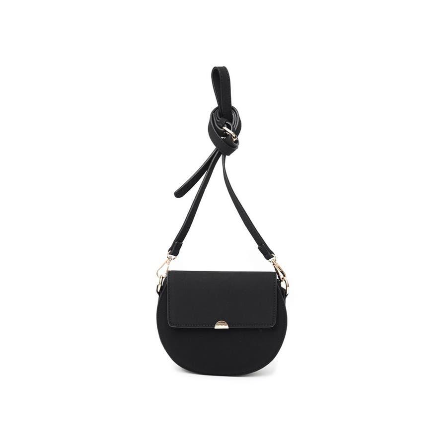 クラシカルなバッグで魅せる上品スタイル クラシカルハーフサークルショルダーバッグ バッグ/ショルダーバッグ 21