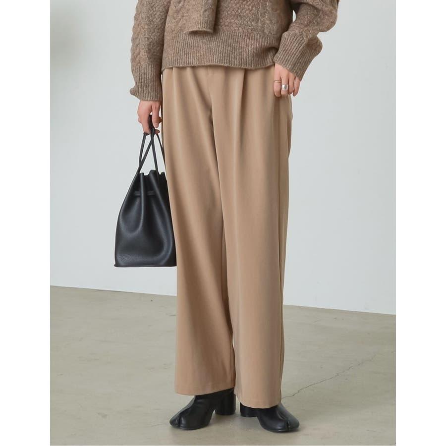 深みのある色合いが魅力のカラーパンツが登場 センタータックカラースラックスパンツ 35