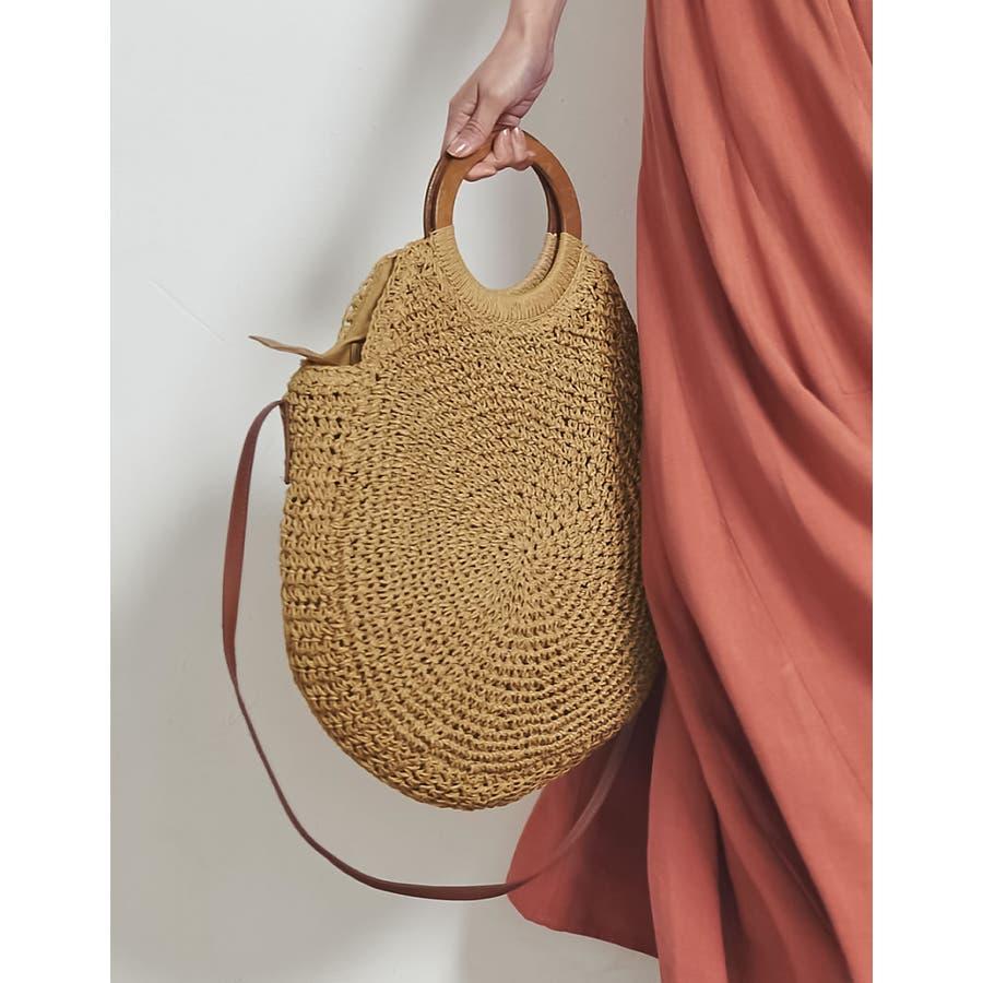 お買い物にお散歩に。ナチュラルなシーズンバッグが登場 [近藤千尋さん着用]天然素材サークルハンドバッグ バッグ/ハンドバッグ 33