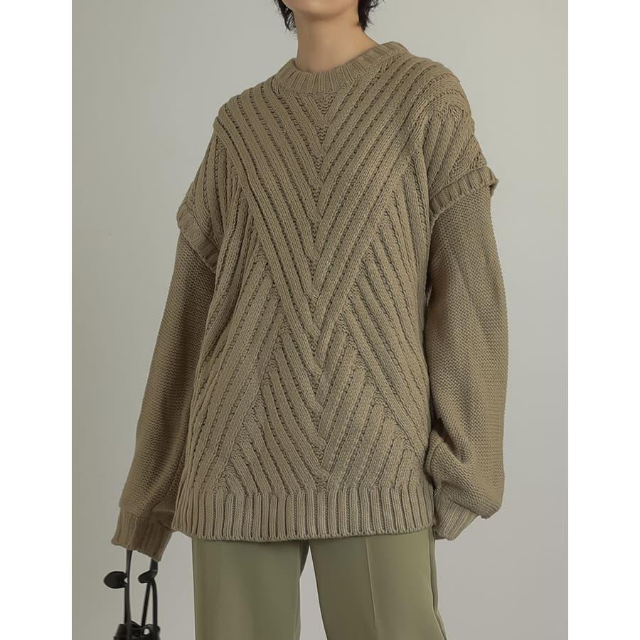バイアス編み×ボリュームシルエでトレンドライクに 50