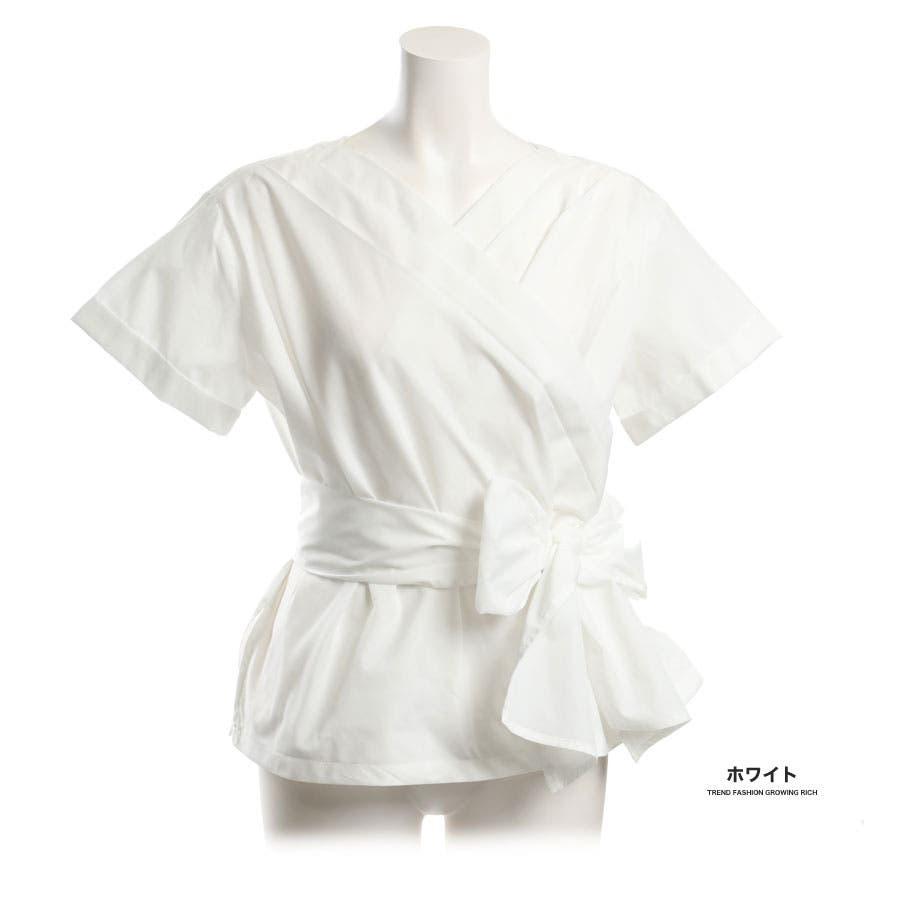 [トップス][春夏 夏 夏服 ブラウス スキッパー シャツ 半袖 ストライプ リボン 前後 2ウェイ 2way 袖 袖口 プリーツ抜き襟 無地 白 レディース カジュアル 通勤 オフィス かわいい 大人可愛いきれいめ]バックリボン袖プリーツスキッパーシャツ[180306] 1