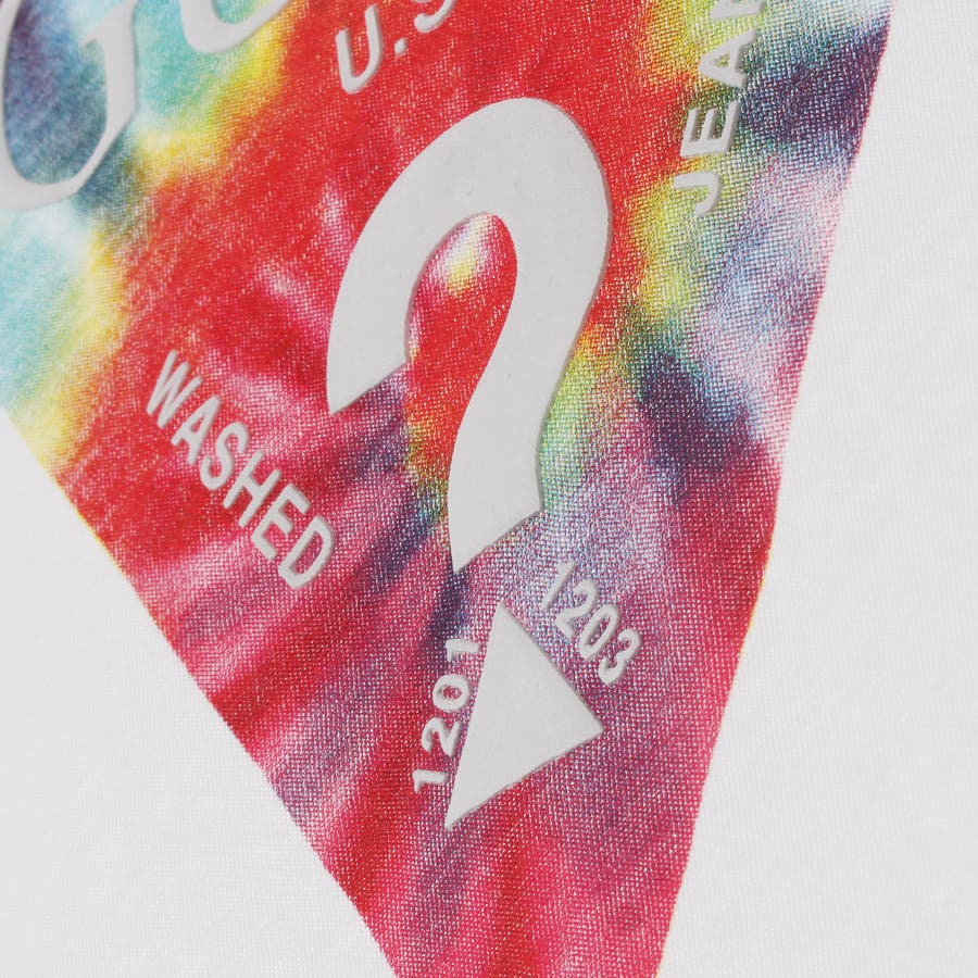 [GUESS] Tie-Dye Triangle Logo Tee 3