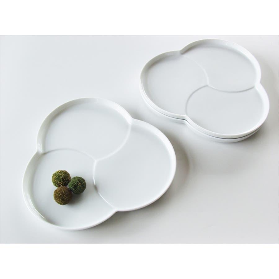 巴 プレート M 16.5cm 310g ホワイト 白 三つ 仕切り ケーキ皿 ランチプレート 取り皿 丸皿 菓子皿 食器 白磁 陶器 日本製 美濃焼 小田陶器 みずなみ焼 絵付け用 ポーセリンアート ポーセラーツ 食洗器対応可 7