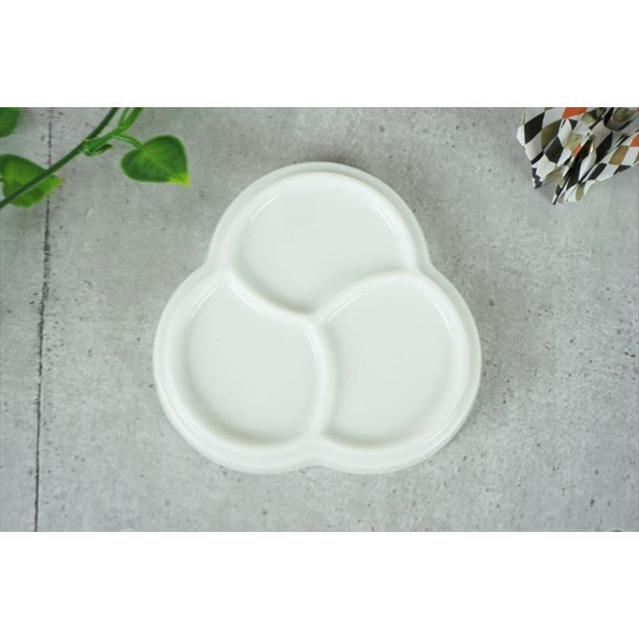 巴 プレート S 10.6cm 120g ホワイト 白 三つ 仕切り 小皿 取り皿 丸皿 菓子皿 食器 白磁 陶器 日本製 美濃焼 小田陶器 みずなみ焼 絵付け用 ポーセリンアート ポーセラーツ 食洗器対応可 5