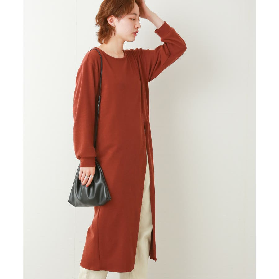 【WEB限定】重ね着を楽しむ コットン混のスリットワンピース 29