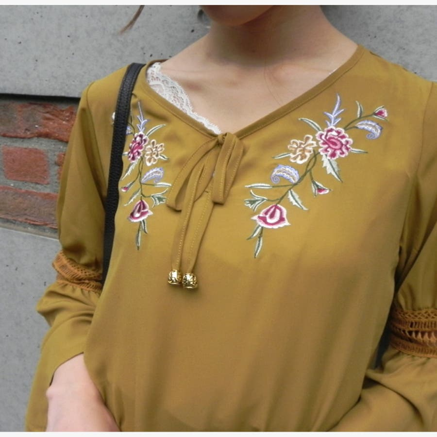 sangoフロント刺繍ボヘミアンブラウス トップス ブラウス 刺繍 刺しゅう 花刺繍 ボヘミアン 洋服 レディース衣類 トレンドサンゴ sango SANGO 3