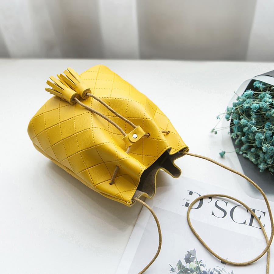 ポシェット ショルダーバッグ ガジェットポーチ 斜め掛け フェイクレザー 巾着型 レディース タッセル 小さめ 小さい ミニサイズおしゃれ きれいめ 上品 シンプル 単色 ソリッドカラー カバン 鞄 かばん BAG bag 黒 赤 水色 黄色 ピンク 9