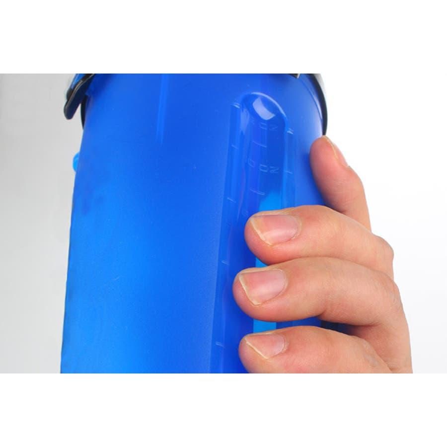 携帯水筒 給水ボトル 餌入れ 2way ペット用品 お散歩グッズ 犬用 カップ付き 軽量 コンパクト 水漏れ防止 シンプル おしゃれかわいい お出かけ アウトドア ウォーターボトル おやつボトル ドッグフード 9