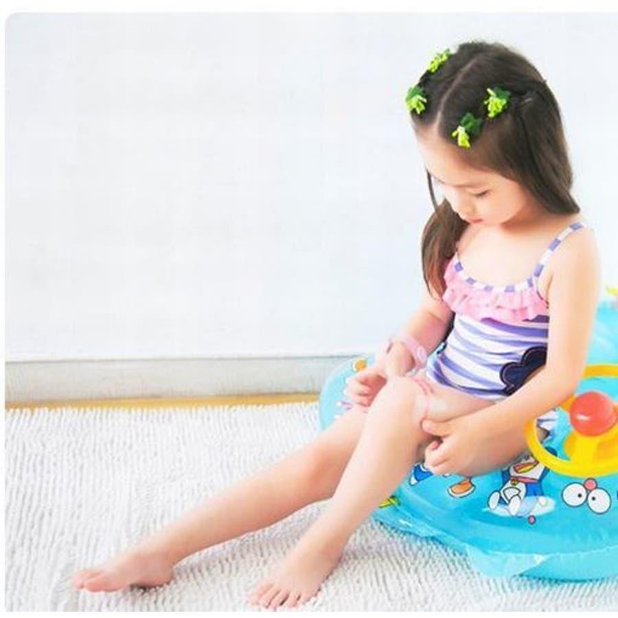 子供用水着 女の子用 ワンピースタイプ キッズ ベビー ジュニア 女児 女の子 小学生 幼児 水着 フリル付き 柄 かわいいキュートポップ 夏 カラフル フラワー プール ビーチ リゾート リボン ピンク グリーン ブルー レッド 5