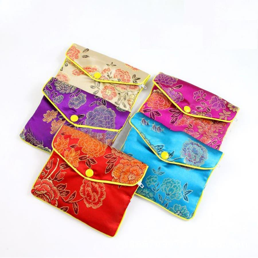 ジュエリーポーチ 小物入れ ミニ財布 ファスナー付き アジアン 古風 刺繍 花柄 全5種類 レディース 1