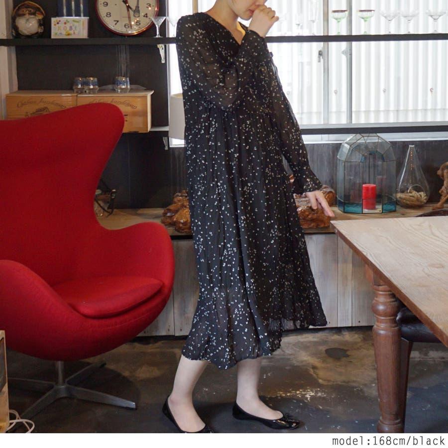 しずく柄大人の透け感ロングワンピース♪秋 春 ワンピース ロング ロングワンピース カシュクールVネック シアー シアー素材 柄 しずく ドット 長袖 フレア ドレス クラシック きれいめ 韓国ファッション 大人 通学 通勤 女性 レディース 7