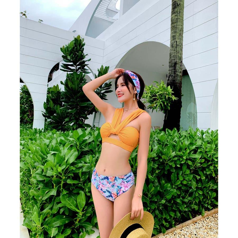華奢で女性らしいビキニ水着カチューシャ付き(3P) 8