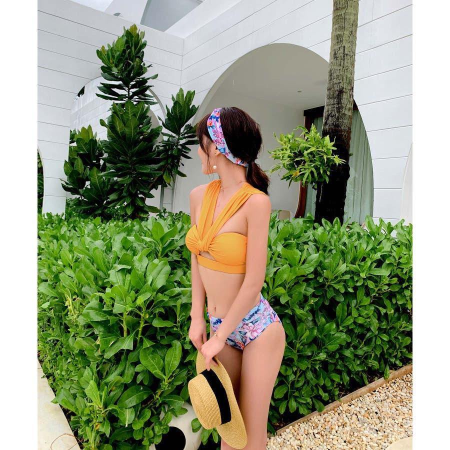 華奢で女性らしいビキニ水着カチューシャ付き(3P) 9