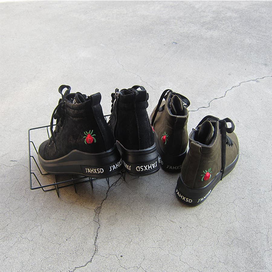 冬新作 刺繍ロゴハイカットスニーカー シューズ 靴 レディース スニーカー 刺繍 8