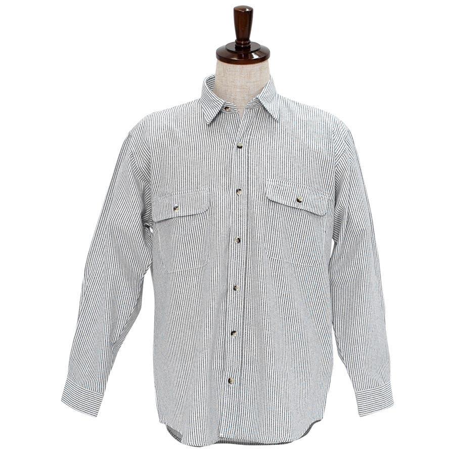 カジュアルなアイテムと合わせてみてもジャケットなどと合わせても◎:長袖シャツ 無地シャツ ヒッコリーシャツ 1