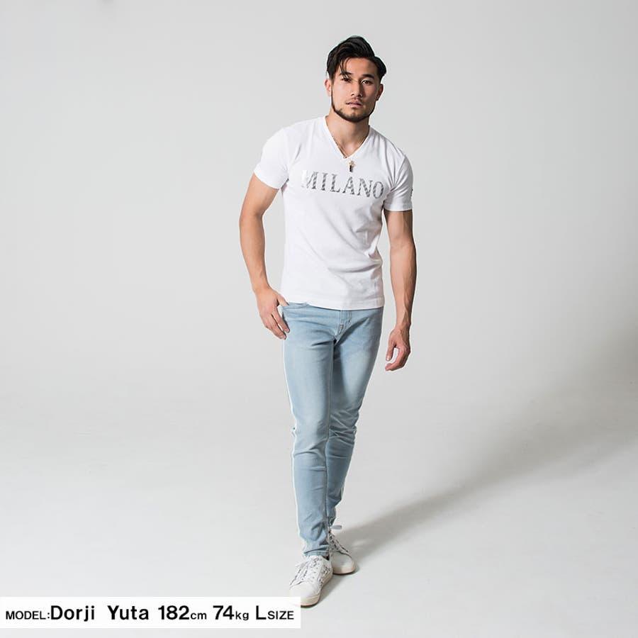 """Tシャツ 半袖 ビオラ トップス Vネック エンブレム シルバー""""VIOLA【ヴィオラ】シルバープリント入りVネック半袖Tシャツ/全3色""""メンズ ロゴ ナンバー 7 ブラック ホワイト ブルー 細身きれいめ M L XL 夏 春 2020 3"""