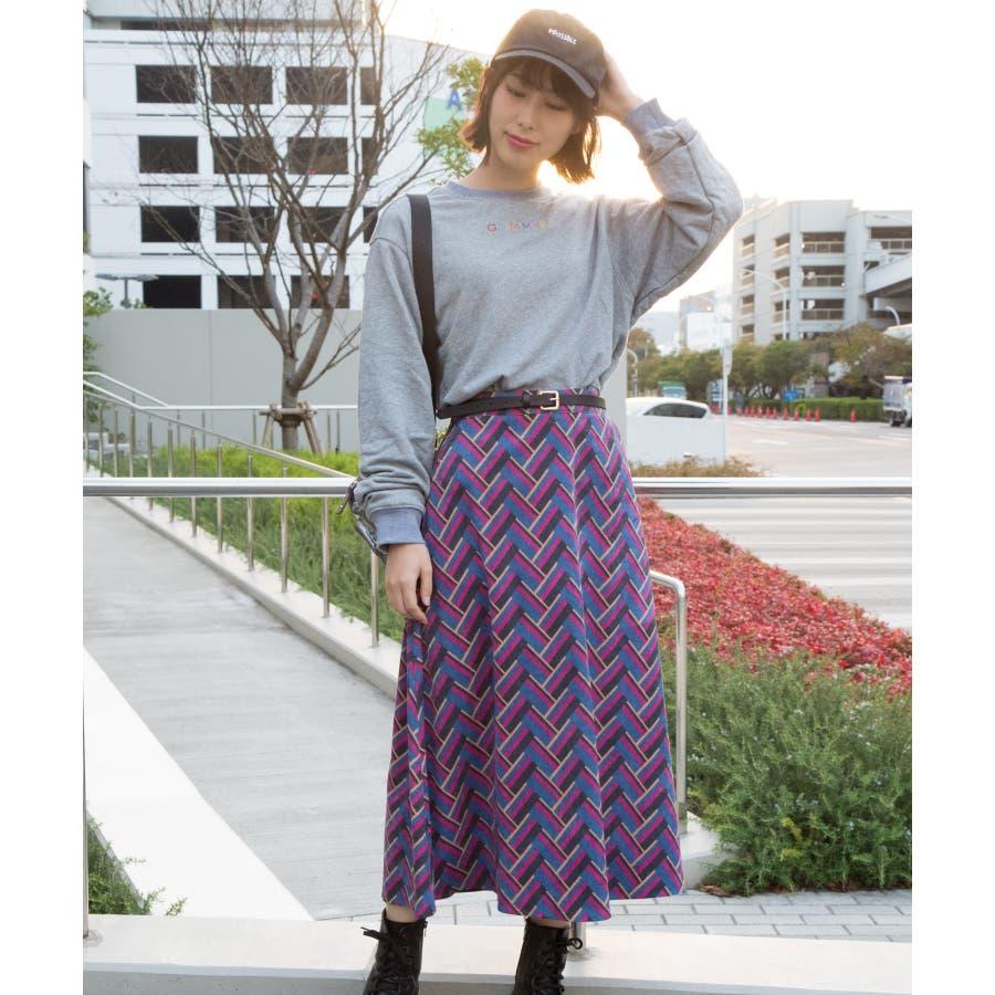 刺繍ロゴボリューム袖プルオーバー 2