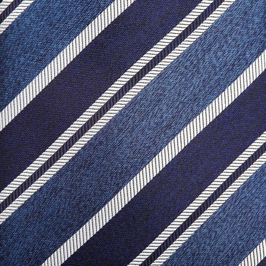 ネイビーベース ネクタイ ペールブルー 3