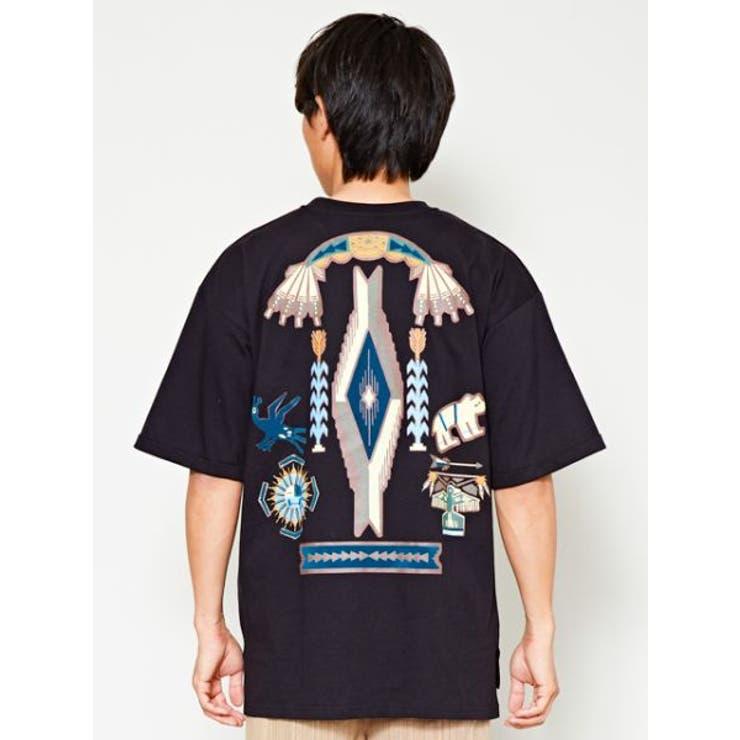 【チャイハネ】ネイティブアメリカンバックプリントメンズTシャツ   チャイハネ   詳細画像1