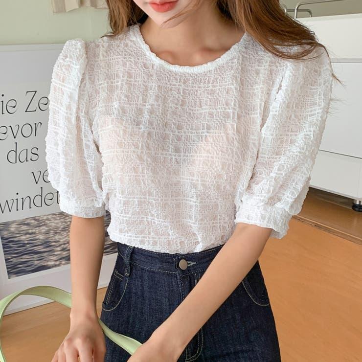 クリンクルエンボス加工パフ半袖ラウンドブラウス 韓国ファッション カジュアル   ENVYLOOK   詳細画像1